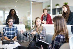 Inbound marketing b2b office meeting concept